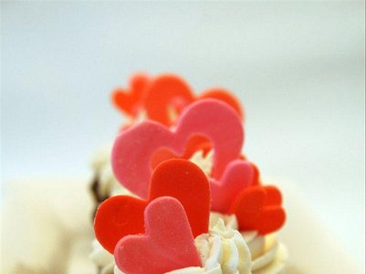 Tmx 1308277439957 Cupcakes15 Parkville, MD wedding cake