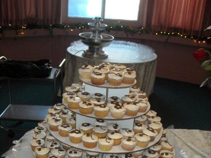 Tmx 1308277479504 Cupcakes4 Parkville, MD wedding cake