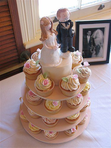 Tmx 1308277487426 Cupcakes6 Parkville, MD wedding cake