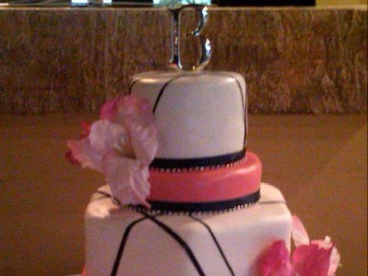 Tmx 1308277511207 Mixshape1 Parkville, MD wedding cake