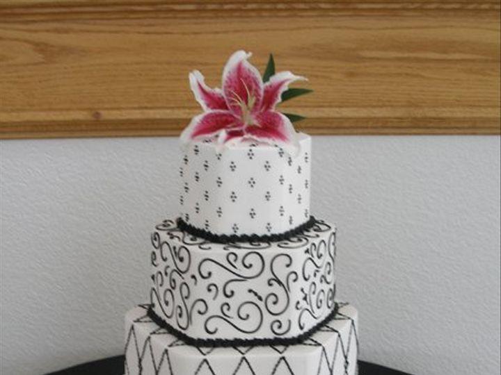 Tmx 1308277515145 Mixshape10 Parkville, MD wedding cake