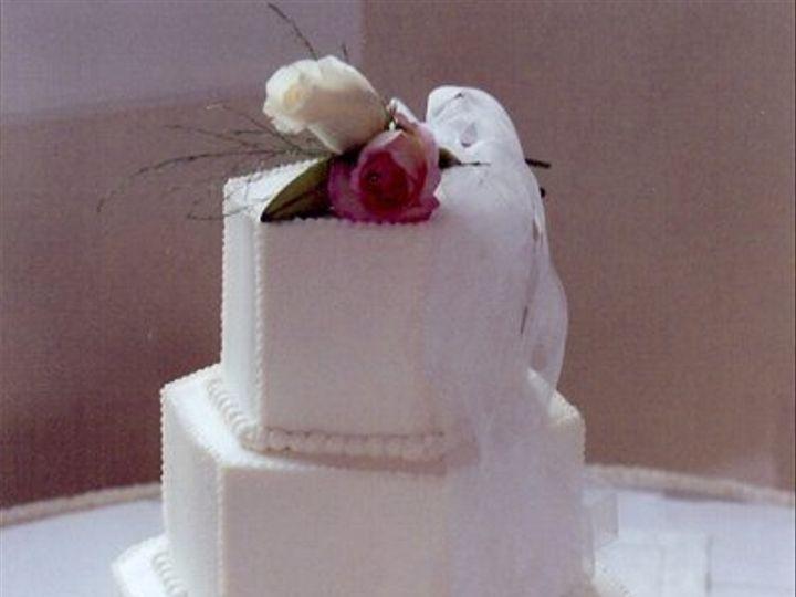 Tmx 1308277522739 Mixshape13 Parkville, MD wedding cake