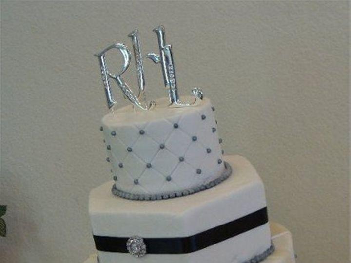 Tmx 1308277527895 Mixshape19 Parkville, MD wedding cake