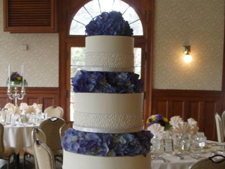Tmx 1308277628395 Pillar16 Parkville, MD wedding cake