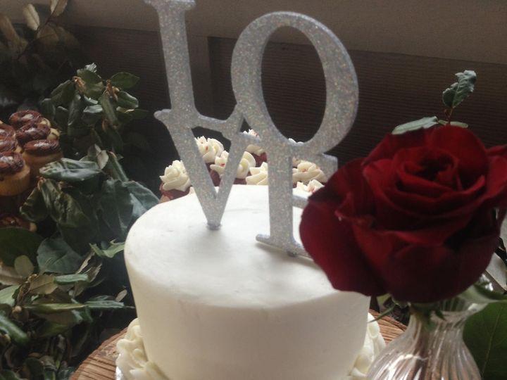 Tmx 1442536516790 10942350102055625050414294756797875106168650o Chesapeake wedding cake