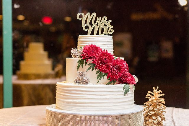 Tmx 31556761421 B8bc64b7bb Z 51 139102 Chesapeake wedding cake
