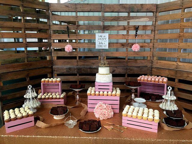 Tmx 37227030295 Ffd3ea8154 Z 51 139102 Chesapeake wedding cake