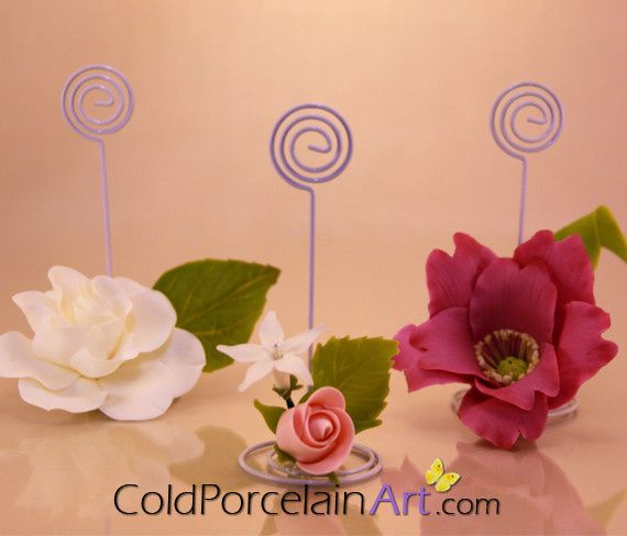Customized Place cards for table décor with handcrafted flowers