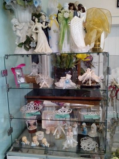 A small sample of our party favors and Spanish-style recuerdos.