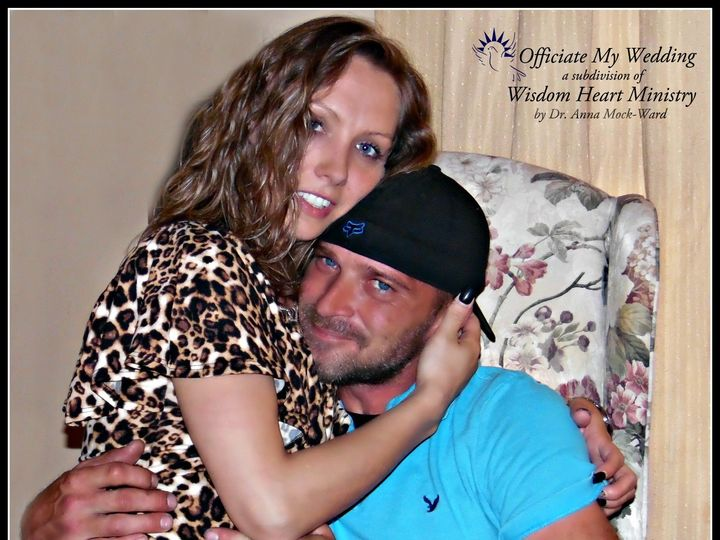 Tmx Hugs And Love 51 722202 1565650328 Windsor, Pennsylvania wedding officiant