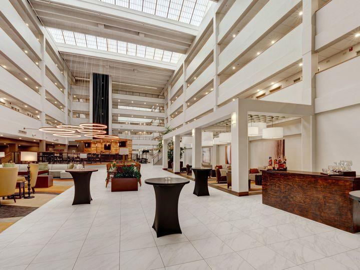 Embassy Suites by Hilton Milwaukee Brookfield