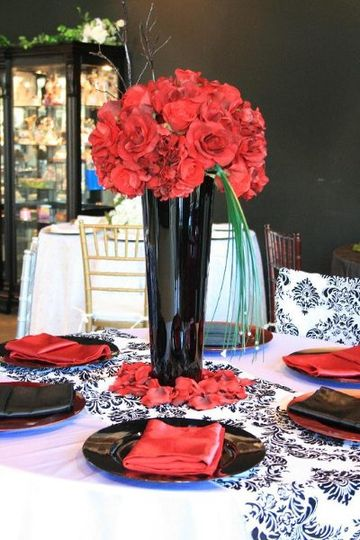 black charger plate rent, red satin napkins, black and white damask runner, Orange county...