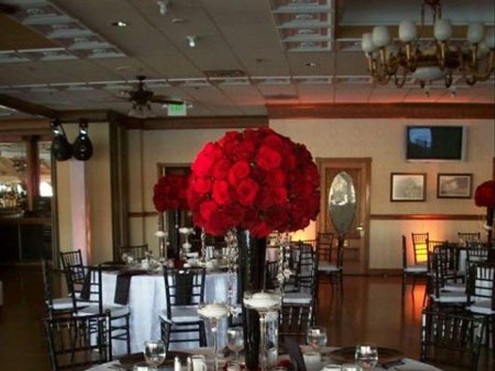 Tmx 1302548347703 Blackchargerswhitepintucktablecloth2 Costa Mesa wedding rental