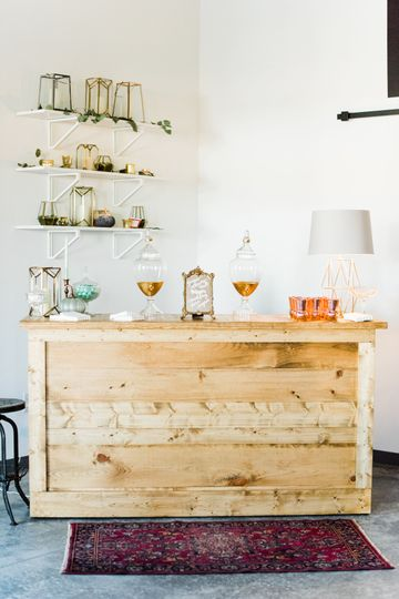 Wooden accents bar