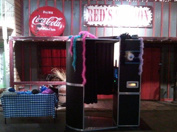 Another shot of the booth at a wedding reception