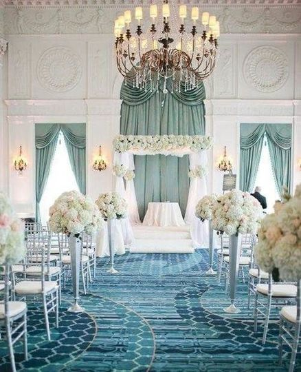 Say yes under the magical chandeliers in Crystal Ballroom