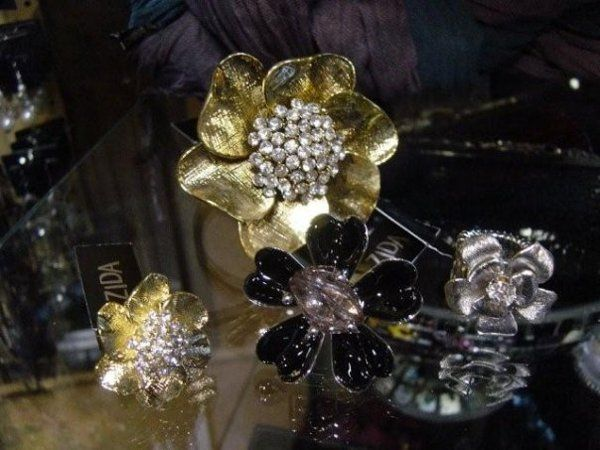 Costume rings, chunky bracelets and mixed metals and stones. Great ideas for something a little out...