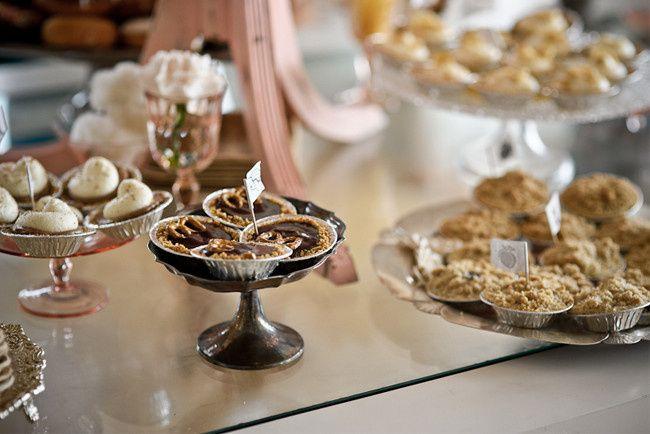 dessert table accessory renta