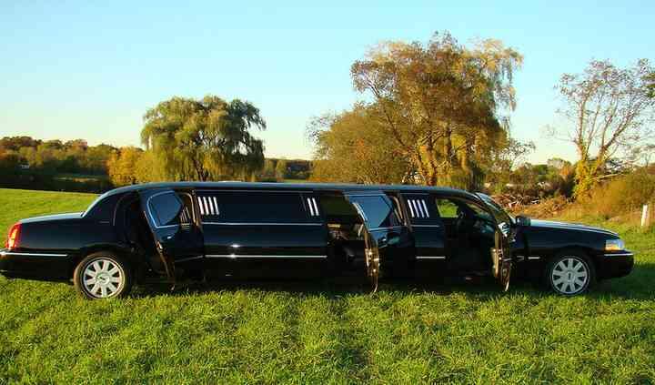 R&B Limousine