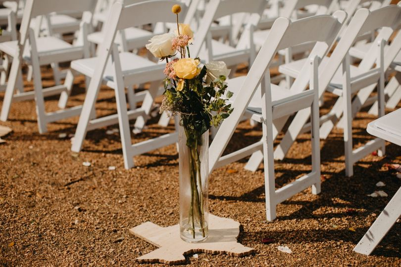 Aisle decor By Bridget Photos