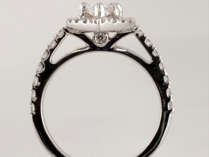 Tmx 092a1521 5d53 4697 8bd7 796e4877b0f0 1 201 A 51 674402 157384795373554 Portland, OR wedding jewelry