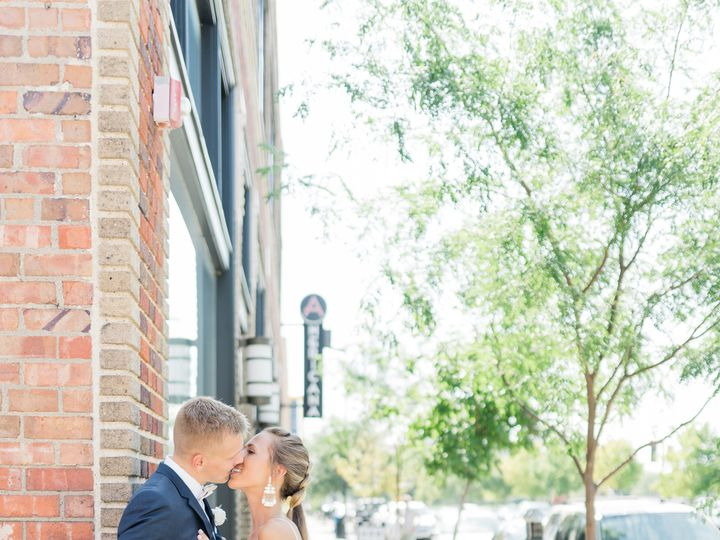 Tmx Alainakyle2019 775 51 984402 157426286833292 Waukee, IA wedding dj