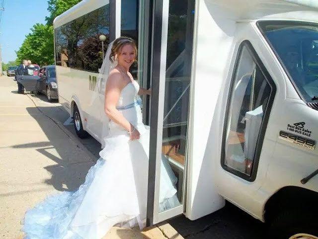 Tmx 1424148826373 Img148970270143414 Waukesha wedding transportation