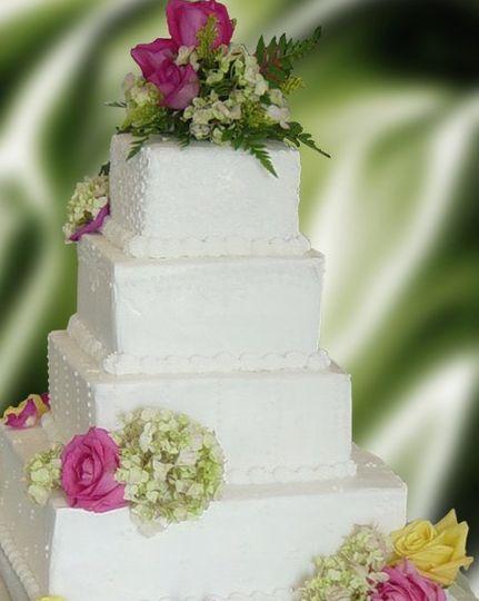 Plain layered cake