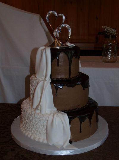 Two tone cake