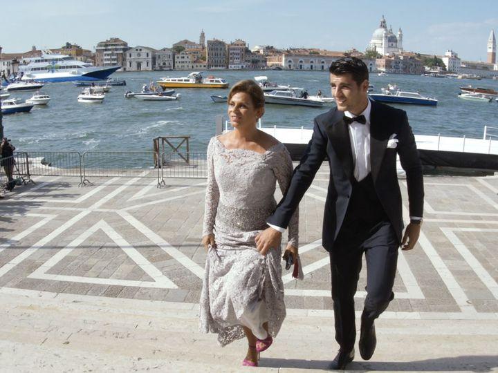 Tmx 1517947670 3475766f731a9b4f 1517947668 5043afbbe8d838b0 1517947667263 21 A A Trailer.00 00 Venice wedding videography