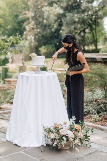elopement va house flowers 1 51 438402 159778075749627
