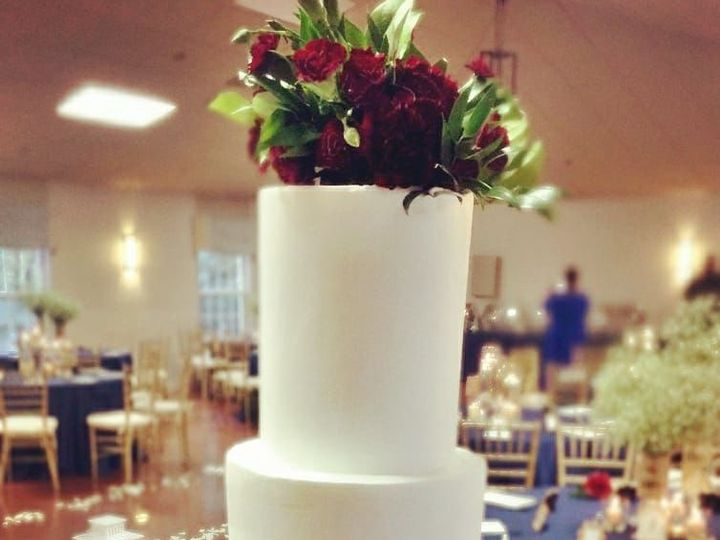 Tmx 1518105068 A4dc86e80956dfbc 1518105067 82fc166f5e64f4d1 1518105059949 20 23380401 10155690 Owings Mills, Maryland wedding cake