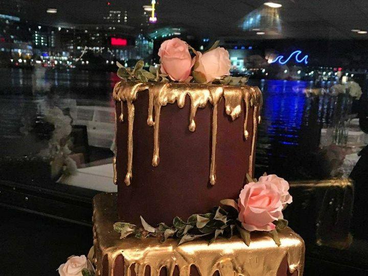 Tmx 1518105069 5ad8ba99d56baed1 1518105068 0523691d40333f9d 1518105059950 21 23116630 10155662 Owings Mills, Maryland wedding cake
