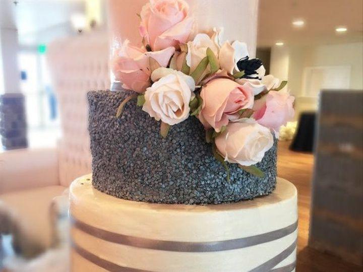 Tmx 1518105087 2741107c00af128b 1518105061 7ce75985a8fbcea1 1518105059927 9 20799231 101554332 Owings Mills, Maryland wedding cake