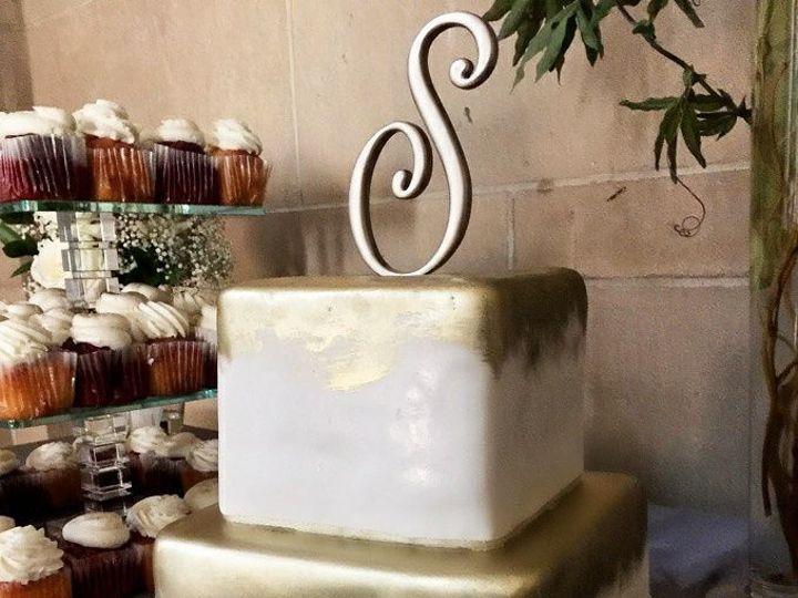 Tmx 1518105111 E759c0f3d0ef331d 1518105061 554d6dc06b46865d 1518105059928 10 21430546 10155505 Owings Mills, Maryland wedding cake