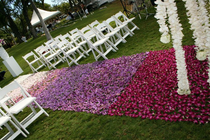 Colorblocked Ombre Aisle