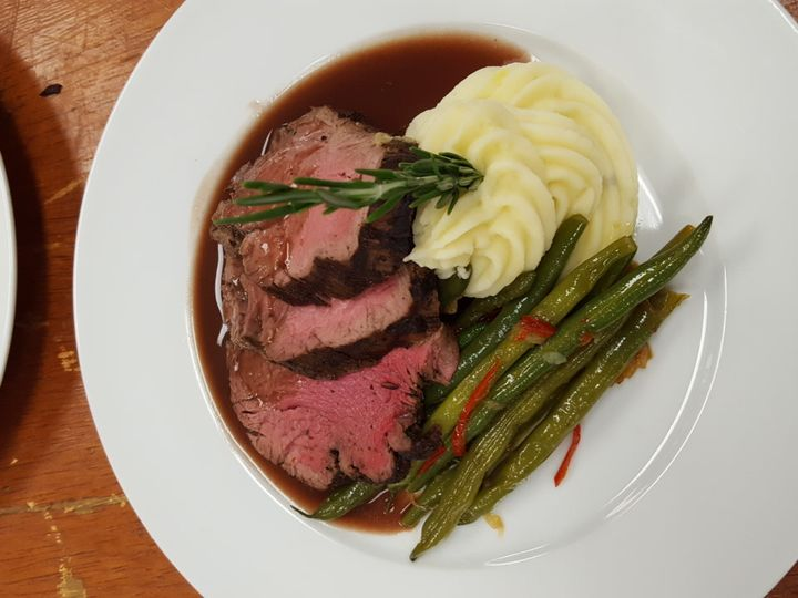 Tmx 1 Carved Beef Tenderloin 51 181502 Chicago wedding catering