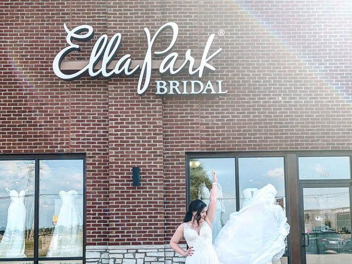 Tmx Screenshot 2020 01 31 Ella Park Bridal Ellaparkbridal Instagram Photos And Videos8 51 342502 158049253017456 Newburgh, IN wedding dress