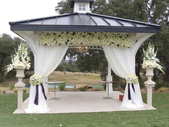 Kendall Plantation ceremony decor