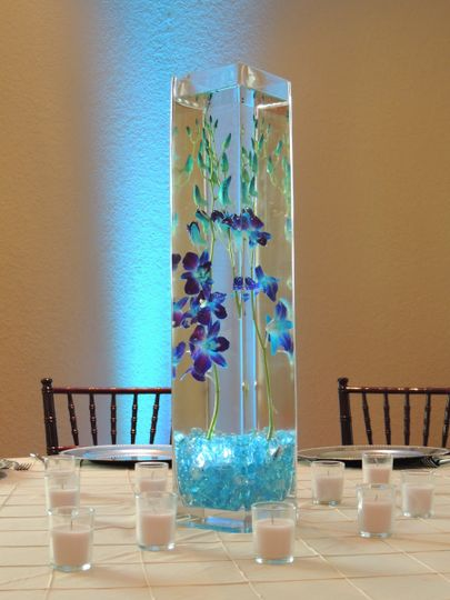 Kendall Plantation submerged orchid centerpiece
