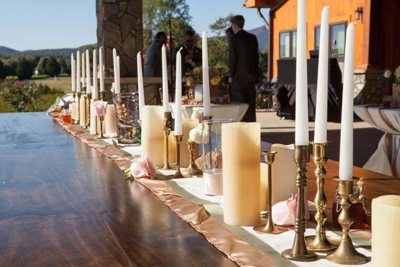 Gorgeous farm table for bridal party