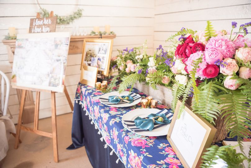 Late summer jewel toned table