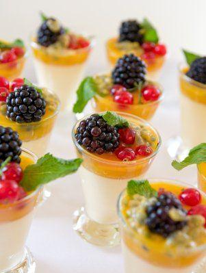 Tmx 1341854896398 IStock000006476041XSmall Saint Petersburg, FL wedding catering