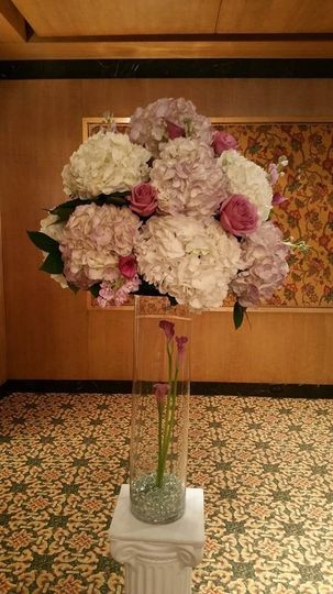 Sample pink and white centerpiece