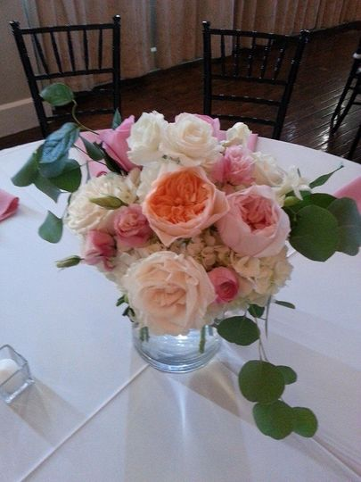 Pastel pink and peach centerpiece