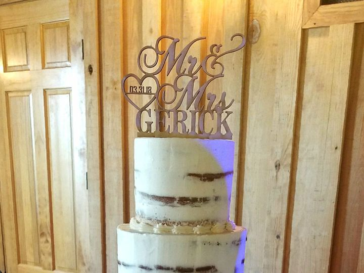 Tmx 1522707379 Afdf3ddf6e2eefc3 1522707377 C9e9f4f37dfec2c7 1522707385973 1 Naked Cake With Ro Richmond, TX wedding cake