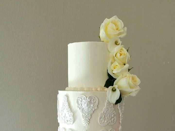 Tmx 1527051701 D62469dfbd7721ec 1527051699 705a5821ff78760e 1527051691464 2 Butter Cream Heath Richmond, TX wedding cake