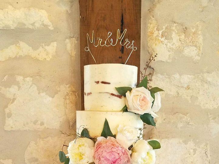 Tmx 1531255555 C2d55f4d7f323399 1531255552 F418bc6da9df6796 1531255545418 2 LauraMiller Richmond, TX wedding cake