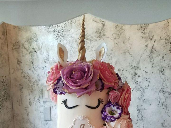 Tmx 1534913048 00e6f53d9cc5d259 1534913046 8f7ca608220b6419 1534913039176 1 Unicorn Floral Cak Richmond, TX wedding cake
