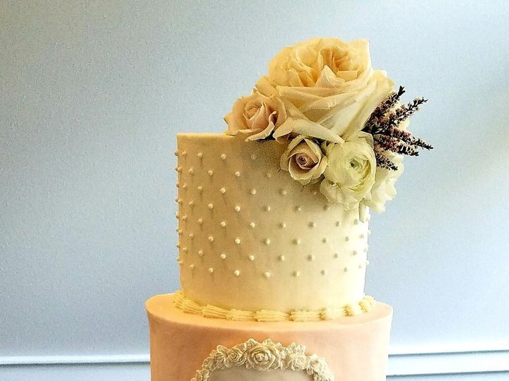 Tmx Caitlin Monogram Swiss Dot Rossette Wedding Cake 51 692602 1570849566 Richmond, TX wedding cake